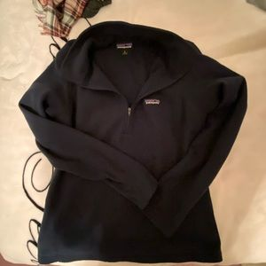 Patagonia Navy Blue Pullover
